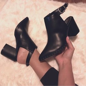 Shoes - 🆕 Black studded ankle booties